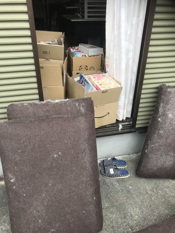 【橿原市川西町】ソファーや雑誌類の回収☆素早い対応にご満足いただけました!