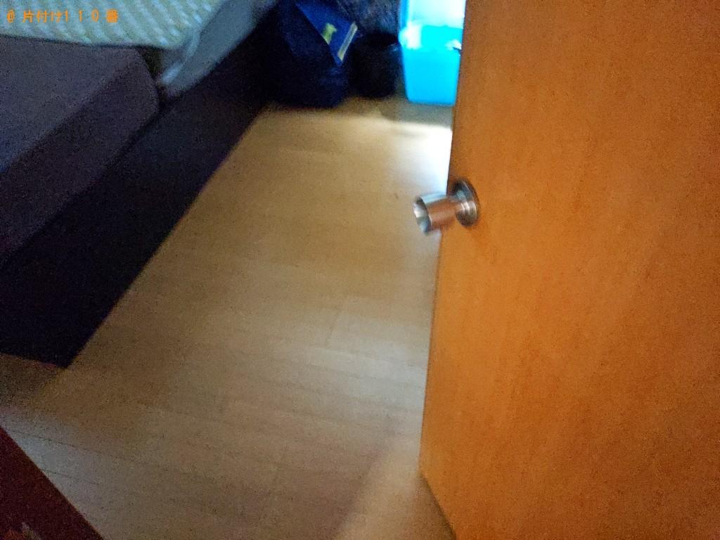 【奈良市】脚付きシングルマットレス、モニタ、本棚等の回収・処分