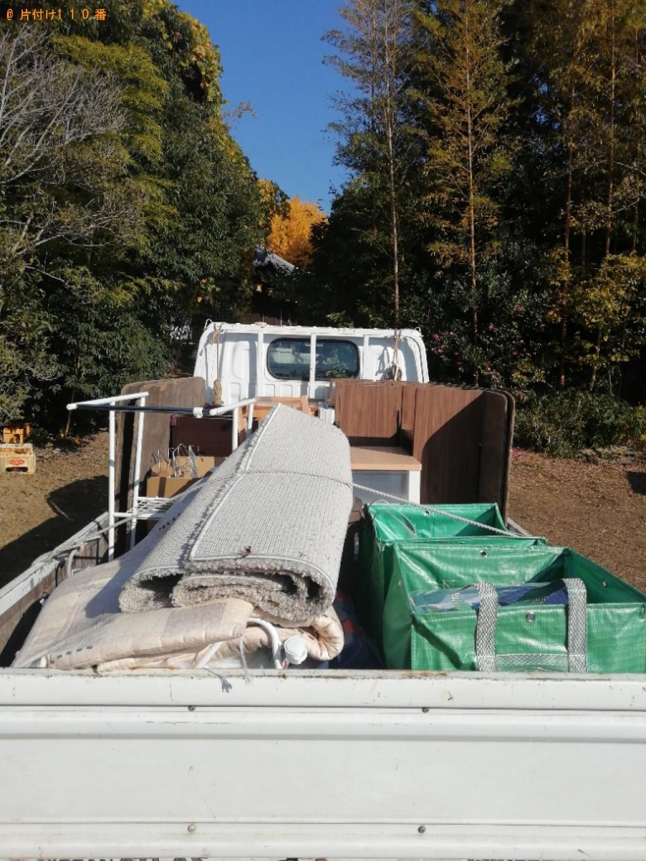 【奈良市】布団、ゴミ箱、スーツケース、ラック等の回収・処分ご依頼